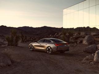 BMW i4CV